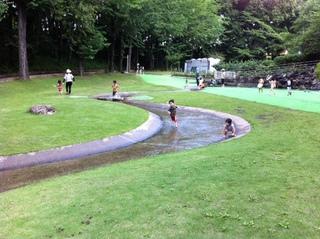 北本市子供公園はトランポリンを筆頭に遊具が充実☆